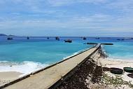 Bến thuyền thơ mộng với mây xanh đảo Lý Sơn