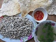 Cá cơm luộc đặc sản Quảng Ngãi