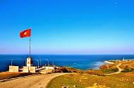 Cột cờ Tổ quốc trên đỉnh Thới Lới- Đảo Lý Sơn