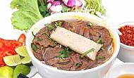 Đặc sản bún bò giò heo xứ Quảng