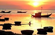 Du lịch thú vị trên biển đảo Lý Sơn