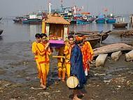Lễ hội ra quân nghề cá xứ Quảng