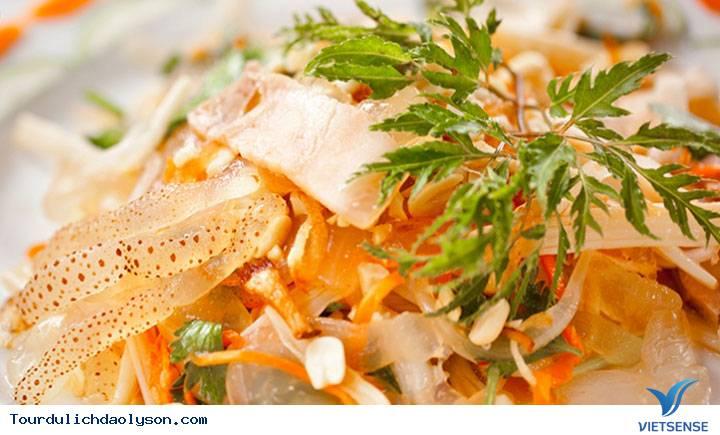 Ba món gỏi hải sản hấp dẫn du khách trong dịp hè