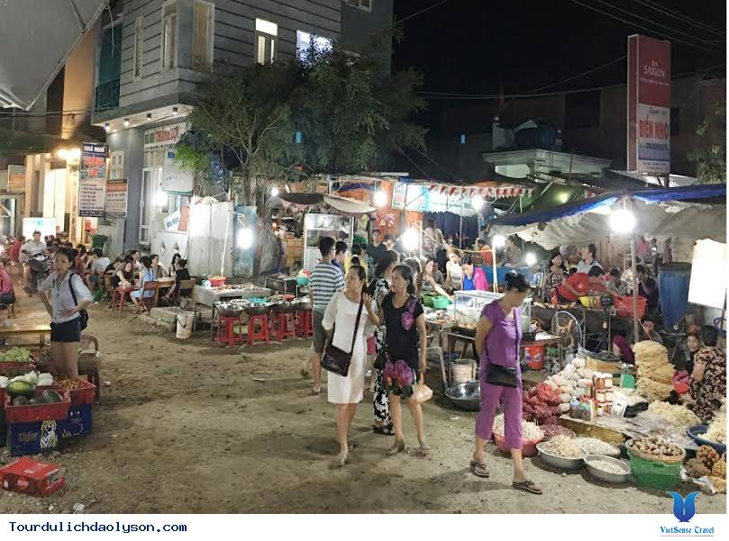Chợ đêm Đảo Lý Sơn