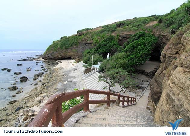 Chùa Hang Đảo Lý Sơn 3