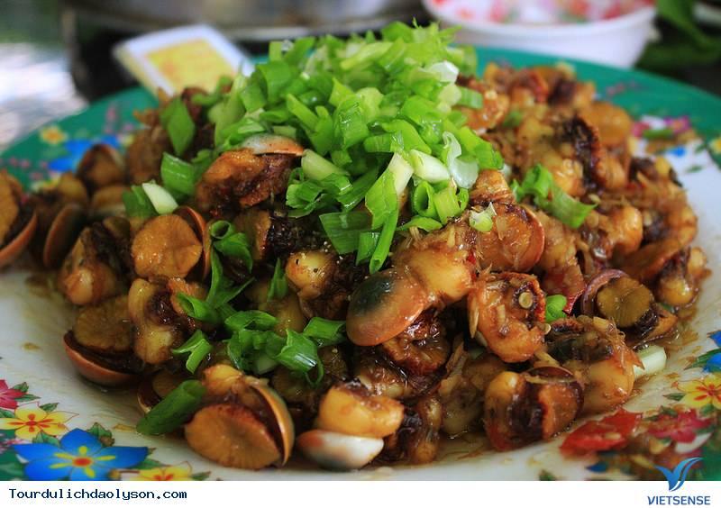 Cua Huỳnh Đế, Gỏi Tỏi, Ốc xà Cừ, cá tà Ma Đặc sản nổi tiếng - Đảo Lý Sơn - Ảnh 3