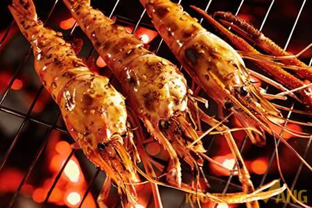 Hương vị hải sản nướng trên biển Đảo Lý Sơn - Ảnh 2