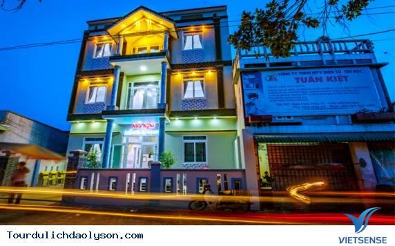 Nhà nghỉ Hồng Quang- Lý Sơn