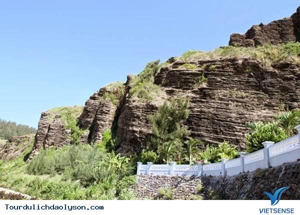 Núi Giếng Tiền- Đảo Lý Sơn - Ảnh 2