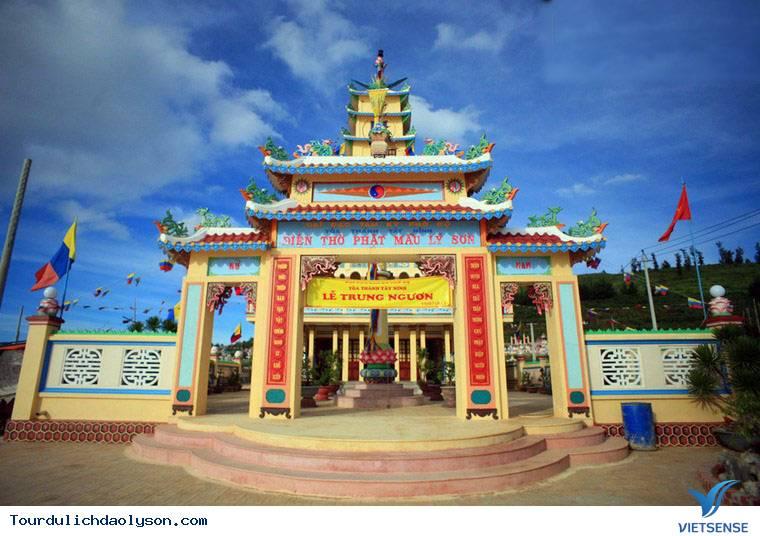 Tòa điện thờ Phật Mẫu Lý Sơn