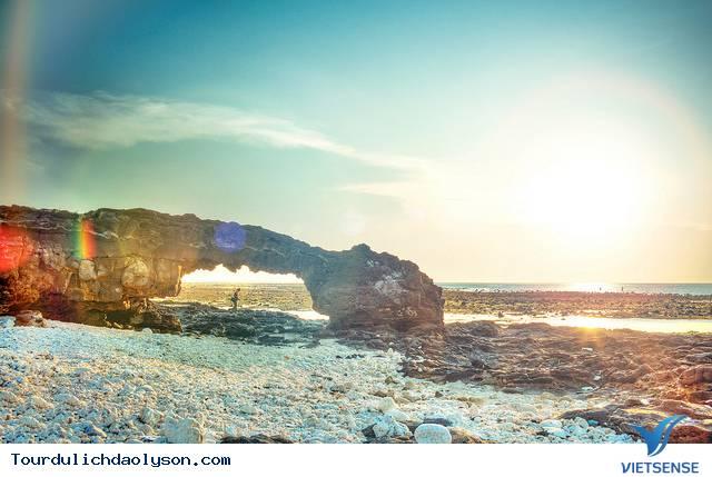 Vẻ đẹp hoang sơ biển đảo Lý Sơn